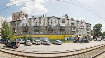 Гурьевская, Бизнес